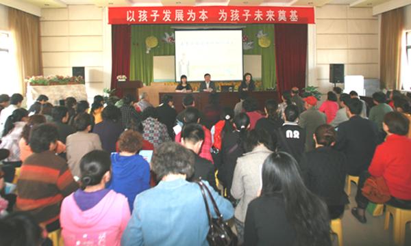 济南市中心医院健康教育走进幼儿园